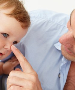Are working fathers discriminated against in shared parental leave?